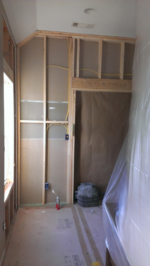 sm construction roof repair window installation walk in closet. Black Bedroom Furniture Sets. Home Design Ideas